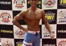 【FWJ大阪大会】「HAGANE ATHLETE GYM(大阪市)」代表の金岡トレーナーがボディコンテストに出場!